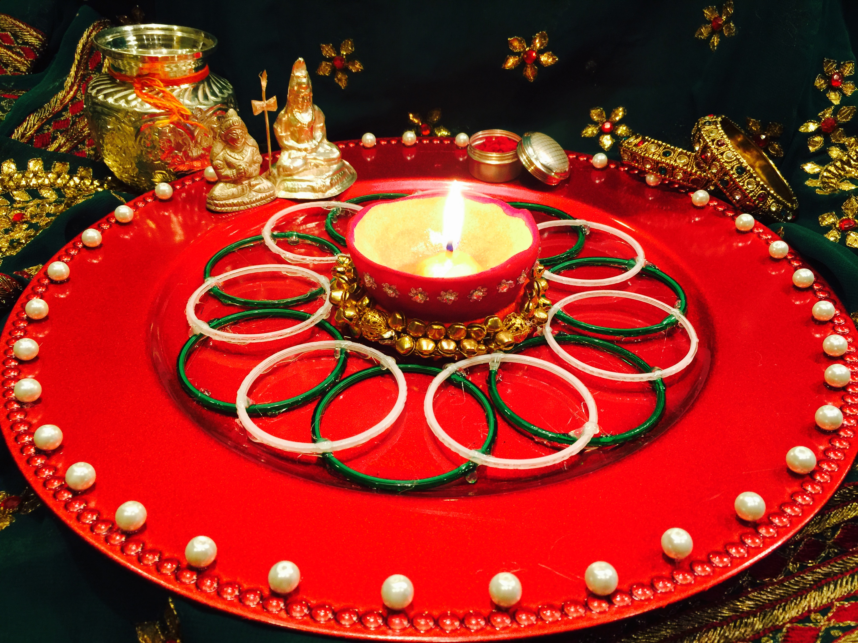 Make karwa chauth ki thali with chooris bindis sindoor for Aarti dish decoration